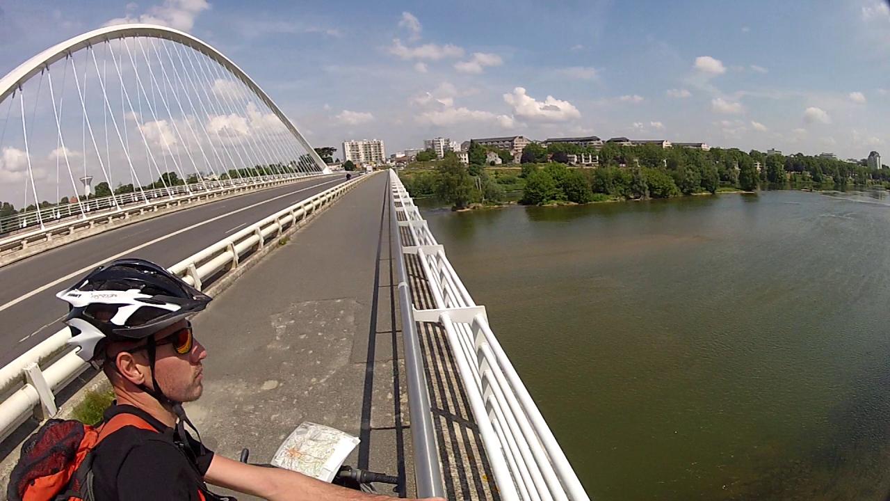Le pont d'Orléans