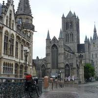 Centre ville de Gent sous la pluie