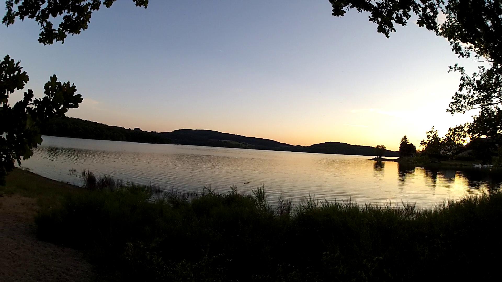 Lac de Pannecières